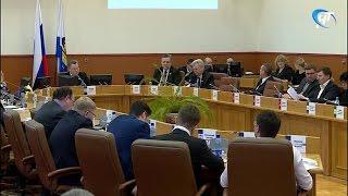 На заседании Думы Великого Новгорода расмотрено около 30 вопросов