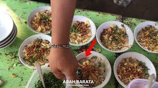 Download Video TERLARIS RIBUAN MANGKOK !! BELI BUBUR INI HARUS ANTRI | PONTIANAK STREET FOOD #250 MP3 3GP MP4