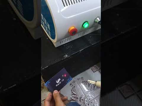 laser xóa xăm mini