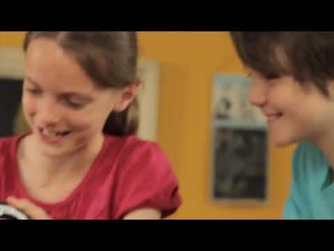 Видео № 2 из игры PS Move: Starter Pack (Камера PS Eye + Контроллер движений PS Move + игра EyePets и Друзья)