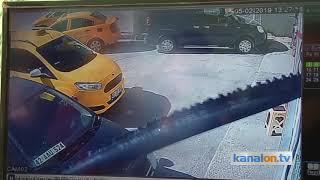 Konya'da kamyon taksi durağına daldı! İşte o anlar