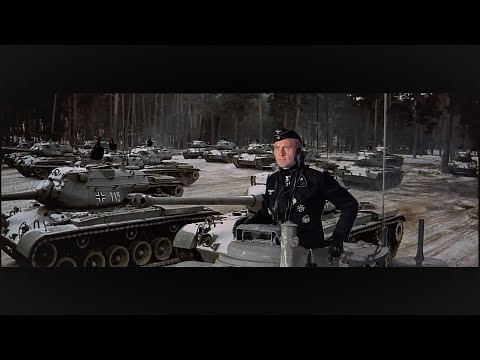 兄弟连06:阿登战役德军55个师反扑盟军,美军第28师1天被打残,101空降师紧急顶上去,医务兵直接精神崩溃