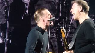 preview picture of video 'Bryan Adams Cardiff (2014) IT´S ONLY LOVE.'