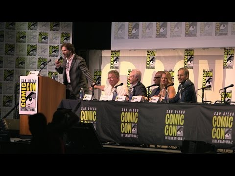 Star Trek Fans At Comic-Con Join Hands And Pledge To Honor The Legacy Of The Franchise