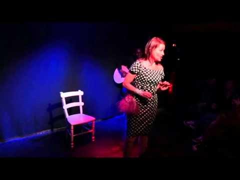 J'EN PEUX PLOU - One Woman Show Musical écrit par Maria Luisa Costa