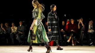 Burberry   Fall Winter 20162017 Full Fashion Show   Exclusive