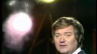 1975 Milan Chladil - Hodinám, které přijdou