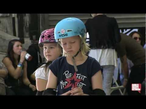 Poppy Starr - Vans Girls Combi Pool Classic 2013