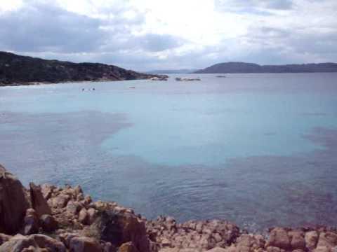 Una delle più belle spiaggie di La Maddalena in primavera! Un incanto.