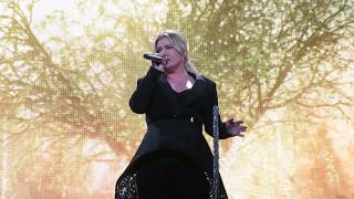 Kelly Clarkson   Never Enough (Greatest Showman Cover) Live In Tulsa OK 282019