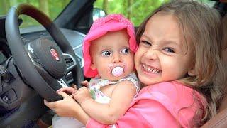 우리는 차 및 다른 아이들의 노래에 있습니다 - 마야와 메리의 어린이 노래