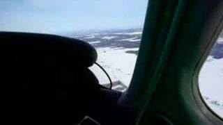 preview picture of video 'Survol du fleuve Saint-Laurent en Piper PA28 Warrior'