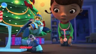 Doc McStuffins | A Very McStuffins Christmas [Part 1] | Disney Junior UK