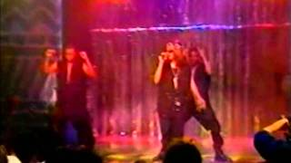 Aaliyah ~ Age Ain't Nothing But A Number Live @ All That 1994 (HQ)
