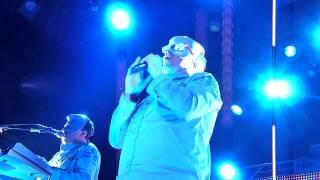 Devo - Don't Shoot ( I'm A Man) live @ The Fillmore, SF - Jan 14, 2012