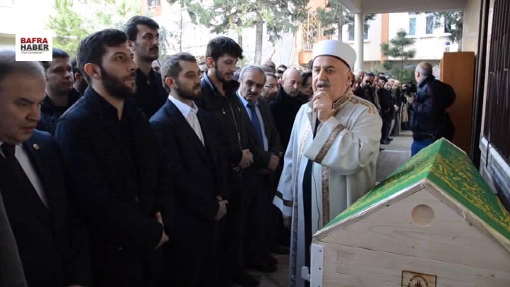 Vedat Şahin'in Cenazesinde izdiham