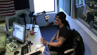 SLASH on the Smiley Morning Show 5-24-10