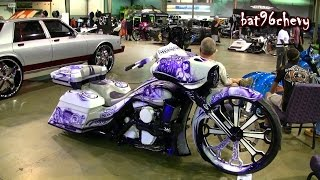 CUSTOM Purple/White Airbrushed Road King Bagger Motorcycle W/ 30 Wheel (Camtech Custom Baggers)