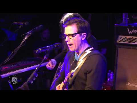 Weezer - Say It Ain't So (Live at KROQ)