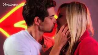 How to Kiss Dirty | Kissing Tips