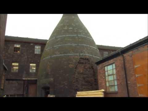 Middleport Pottery, restoring the bottle kiln