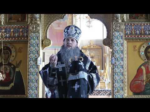 Митрополит Даниил совершил последнюю в этом году Литургию Преждеосвященных Даров