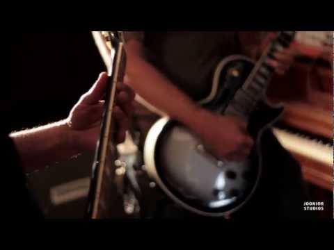 Desert Valley Stranglehold - Thunderhead (Live at Joonior Studios HD)