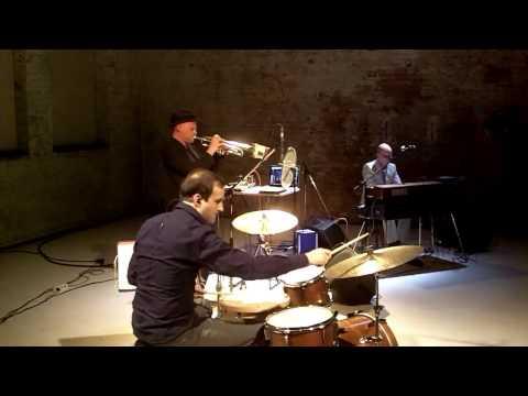 0 Transit Elektro | Kraut Jazz (DE)