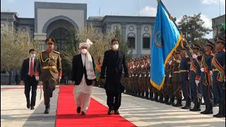 Afghan president welcomes Pakistan PM to Kabul with honour guard | AFP