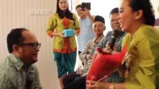 Lamaran pernikahan paling romantis di Indonesia, 21 Maret 2015 #AyuNIkahinSeno