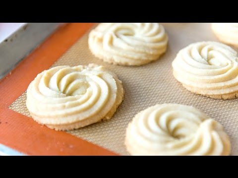 BUTTER SWIRL SHORTBREAD COOKIES – Christmas and Holiday Baking