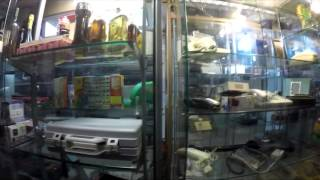 Цыганский магазин склад бу техники. Италия, Болонья (Italy, Bologna, Shops)