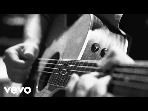 Dead Acoustic