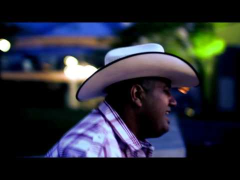 Tejano Sound Band - Cierra Los Ojos (Official Music Video)