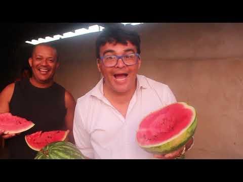 comendo melancia em Belmonte