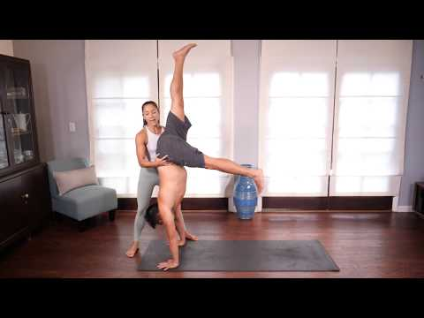 Let's Teach Handstands: The Ultimate Teacher Guide⎢Teaching Yoga with Briohny Smyth