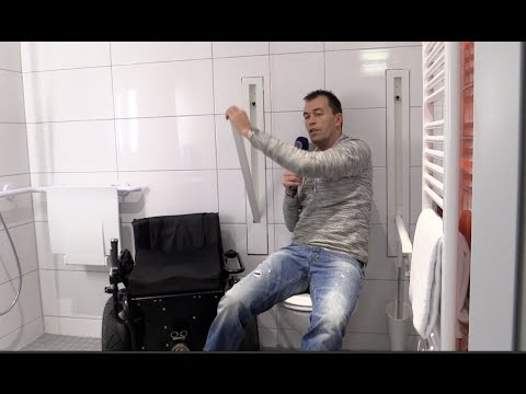 Versenkbare Haltegriffe WC barrierefrei Bad Rollstuhl Design