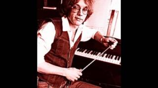 Warren Zevon- Accidentally Like A Martyr