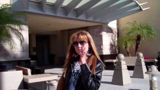 preview picture of video 'Shopping with Karin... at the Miami International Mall!.mp4'