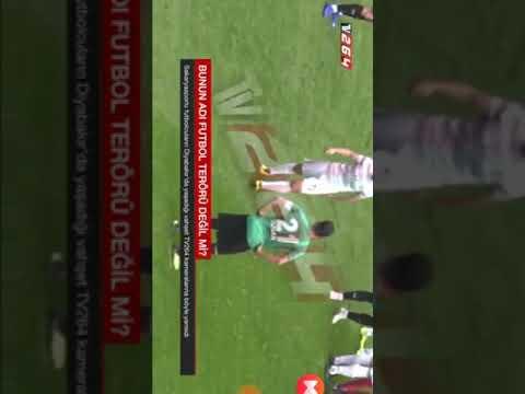 Futbolista intento cortarle la yugular a un rival con una cuchilla en Turquia (VIDEO)
