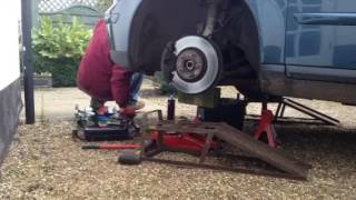 Time Lapse   Volvo V50 Front Wheel Bearing Replacement   Part 1