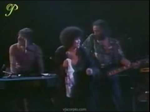 Etta James – You got me runnin'