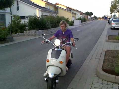 Aprilia mojito custom 50cc.