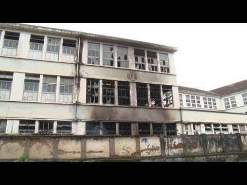 Incêndio atinge parte da fachada da antiga Fábrica Ypu, em Nova Friburgo