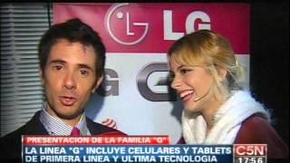 Мартина Стоессел, Небольшое интервью с Тини от телеканала «C5N» на презентации смартфона «LG 2 Mini»