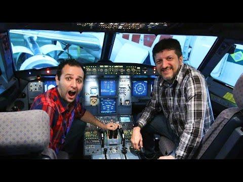 Entramos dentro de uma Cabine de Avião