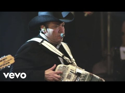 Dile A Tu Corazón - Grupo Pesado (Video)