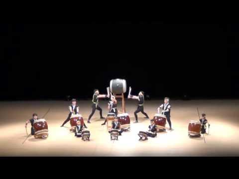 仁賀小学校 けんみん文化祭2015広島和太鼓フェスティバル