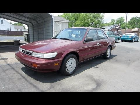1992 Nissan Stanza XE Start Up, Engine, and In Depth Tour