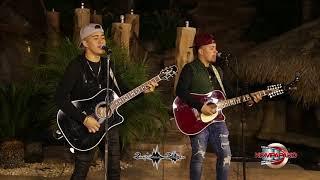 Los Gemelos De Sinaloa- A Lo Lejos Me Veran [Cover En Vivo] Corridos 2018